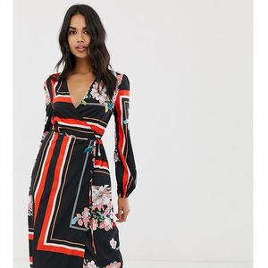 Boohoo wrap midi dress in mixed floral and stripe print - Multi