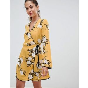 Miss selfridge wrap tea dress with floral print in yellow - multi